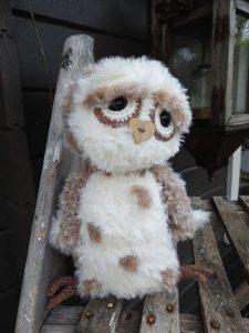 Funny Furry Owl Soft lichtbruin | Garenhuis U Keus