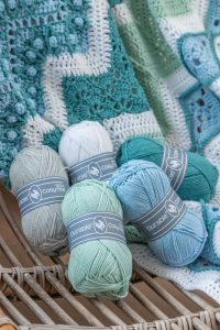 Crochet Along 2021 - Ups 'n Downs Blue Wave